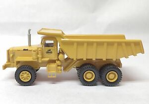 HO 1/87 MACK LRVSW 6x4 34tons -Yellow - Ready Made Resin Model