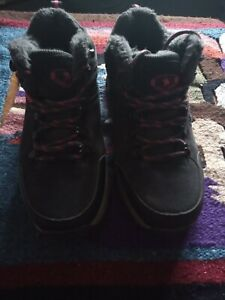 Ladies hiking boots size 5