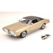 MERCURY COUGAR XR 7 1970 GOLD 1:18 Welly Auto Stradali Die Cast Modellino