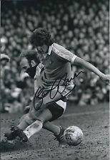 Gary OWEN Signed Autograph 12x8 Photo AFTAL COA Manchester City Genuine