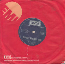 PAT McGLYNN Street Walkin' Girl / She'd Rather Be With Me 45