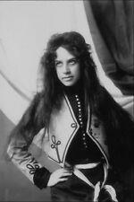 713048 Actress 1916 A4 Photo Print