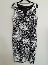 LADIES DRESS.DARK BROWN & CREAM. FLORAL.SIZE 14.ADRIANNA PAPELL. SHIFT DRESS.