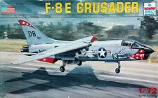 """ESCI1:72 Vought F-8E """"Crusader"""" US NAVY / MARINES Kit Nr. 9066"""