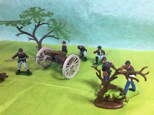 Britains Deetail Swoppet ACW Union guncrew , cannon with decor and soldier