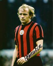 FRANCIS LEE MBE MANCHESTER CITY  & ENGLAND  GREAT SIGNED 8 X 10 INCH PHOTO