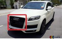 NEW GENUINE AUDI Q7 07-09 FRONT CENTER GRILL ASSEMBLY GLOSS BLACK 4L0853651 Y9B