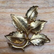 Gorgeous Big Vintage Brooch/Gold Tone Leaf Design/Pin/Fur/Lace/Shawl/Statement