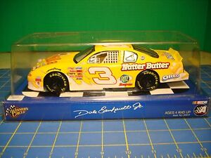 DALE EARNHARDT JR #3 NUTTER BUTTER NASCAR PERFECT 2002 WINNERS CIRCLE 1/24 SCALE