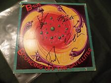 "B-52S KATE PIERSON+ 3 ""BOUNCING OFF THE SATELLITES""  SIGNED LP Photo proof"