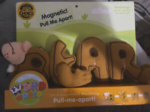 WordWorld WordFriends Magnetic Plush Bear   New in Package