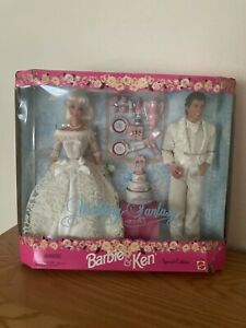 1996 Mattel Barbie & Ken Wedding Fantasy Gift Set W/Box