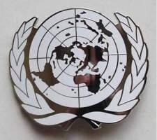 UN UNITED NATIONS METAL BERET CAP METAL PIN MILITARY SOLDIERS BADGE SILVER
