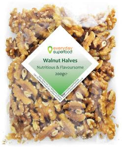 Walnut halves Everyday Superfood - raw walnut nuts pieces walnut kernel seeds