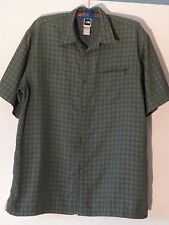 North Face Mens Sport Shirt Mens XL Poly Nylon Green On Green Shadow Plaid MINT