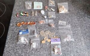 DOLLS  HOUSE  ACCESSORIES JOBLOT OF KITCHEN  ITEMS 12TH SCALE.