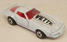 Road Champs 1982 Chevrolet Corvette C3 White #71 Chevy Vette w/Box 1/64 Scale
