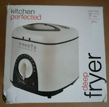 LLOYTRON KITCHEN PERFECTED 1L COMPACT DEEP FAT FRYER (950W E6010WI)