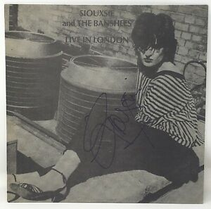 """SIOUXSIE and THE BANSHEES Signed Auto """"LIVE IN LONDON"""" Album LP JSA #EE70406"""