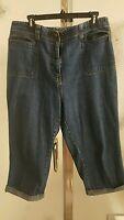 Bill Blass Capri Jeans Size 14