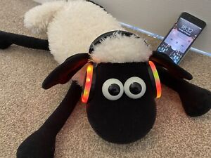 Wallace and Gromit shaun the sheep Music Player With Flashing Speakers