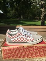 Vans Old Skool Classic Pro Skate Shoe (Checkered) Suede Canvas White Red Vintage