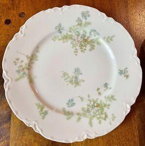 Haviland Limoges Scalloped Dinner Plate Blue Flowers with Ferns 52-8 52B