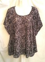 WOMEN'S CATHY DANIELS BLACK AND WHITE FLORAL SHORT SLEEVE STRETCH TOP SIZE 3X