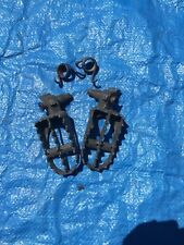 1999 99 Yamaha Yz125 Yz 125 Footpegs Foot Pegs Mount Springs Assembly