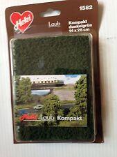 Heki 1582, HO, Compact Foilage, Dark Green, New Mint on Card