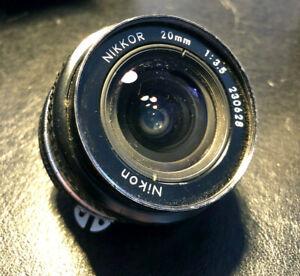 Nikon 1:3,5 / 20mm (230628)