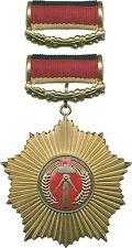 DDR B.0003g Vaterländischer Verdienst-Orden Gold