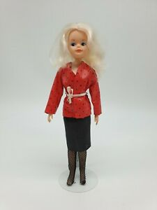 Vintage Sindy Doll from 1986 in Doubles Outfit