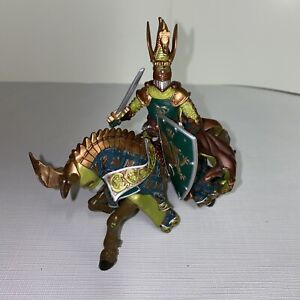 Great Luxury 2007 Papo Emperor Knights Medieval & Green Horse Figurine