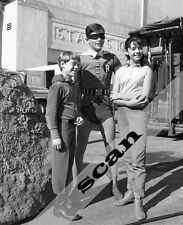 BURT WARD as ROBIN BATMAN behind the scenes with LOST IN SPACE 8X10 PHOTO #1399