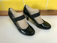 Clarks Black Patent High Shine Elastic Court Shoes High Heel Size 6 / 39 Office