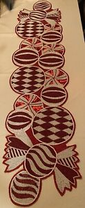 Pier 1 Imports Beaded Christmas Peppermints Table Runner 13 X 54 New