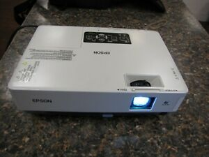 Epson PowerLite EMP-1715 Multimedia LCD Projector Unknown Lamp Hours #2