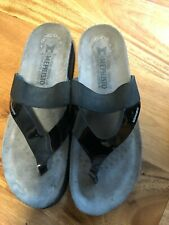 MEPHISTO MOBILS AIR-RELAX WOMENS  BLACK WEDGE SANDALS SIZE 40 US 9