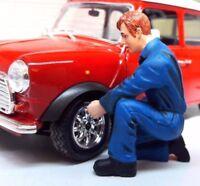 G LGB 1:24 Scale Workman Figure Tyre Pressure Garage Workshop Diorama