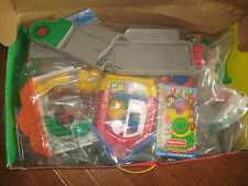 COMPLETE Fisher Price Little People Discovery Village + extras
