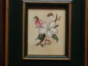 Very Attractive Vintage Bees & Flower by Nancy Pallan