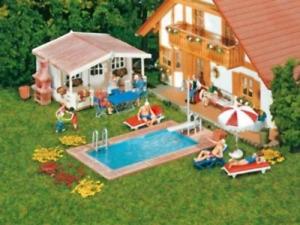 Faller 180542 HO Gauge Swimming Pool & Utility Shed