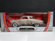 Road Signature 1950 Studebaker Champion 1:18 Scale Diecast Model Coupe Car