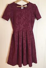 "Lularoe Lula Roe Burgundy Swallows ""AMELIA"" Spring Dress Size Small Birds HTF"