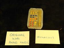 ORIGINAL USED MILLS ANTIQUE SLOT MACHINE OVAL METAL AWARD CARD #OUAC1009