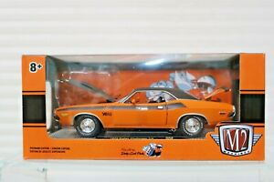 Challenger Dodge 1970 T/A:24 M2  Go Mango/Black Hood Scoop striping 340 Six Pac