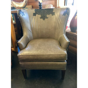 American West Gray Leather Chair