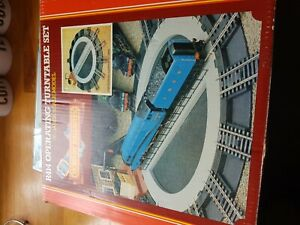 Hornby R414 Turntable Set 00 Gauge Models study photos as I'm not sure all there
