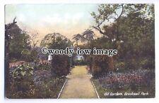 tq0417 - London - The Old Gardens & Fountain, inside Brockwell Park - postcard